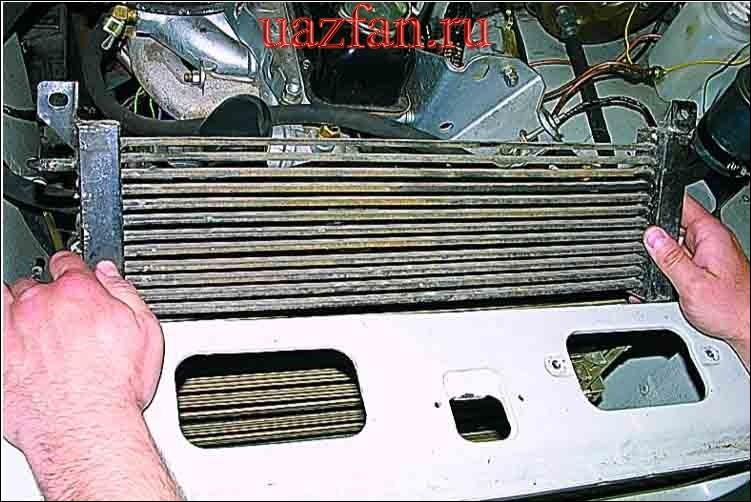 Снятие масляного радиатора