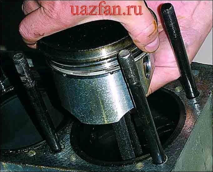 Снятие шатунно-поршневой группы двигателя