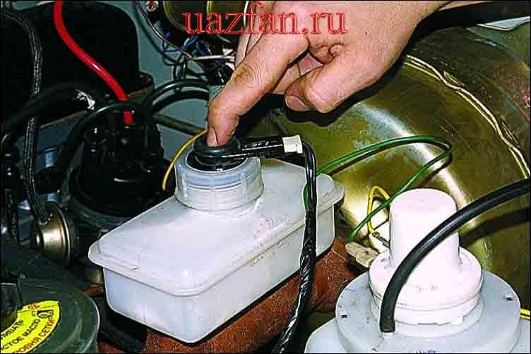 Сигнализаторы и сигнальные лампы
