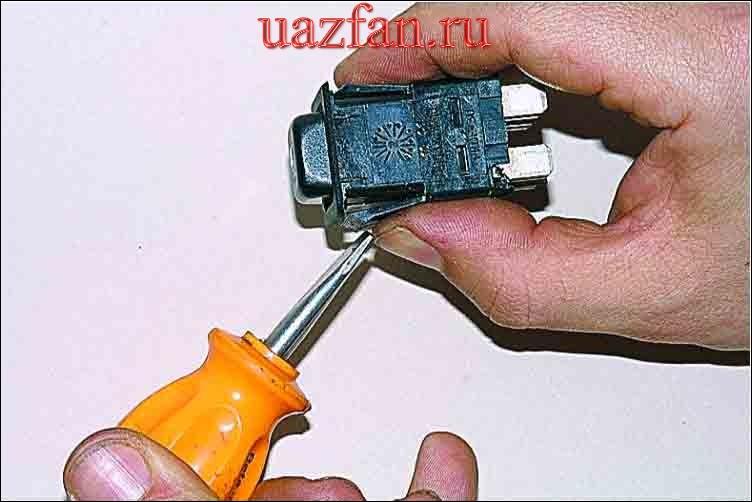 Замена переключателя датчиков уровня топлива