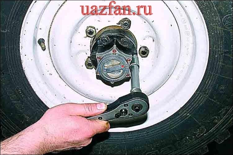 Снятие муфты отключения колеса