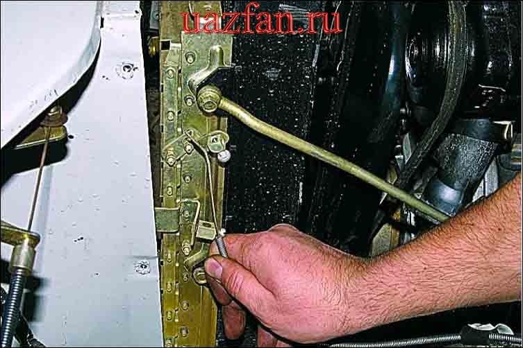 Снятие радиатора и жалюзи