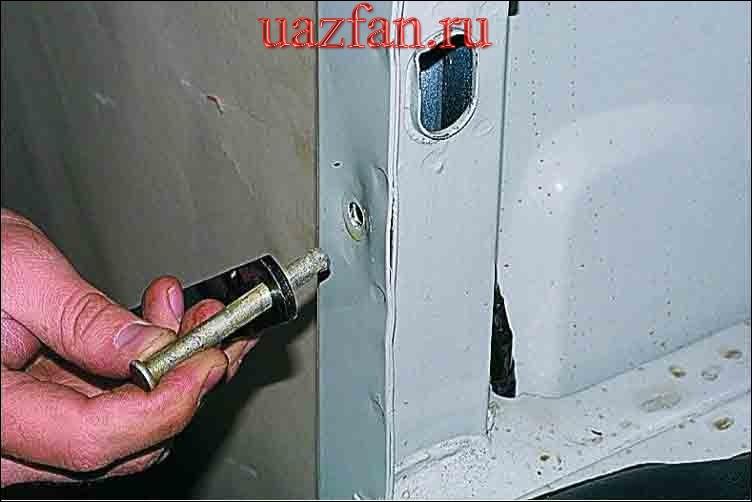 Снятие двери задка и заднего борта