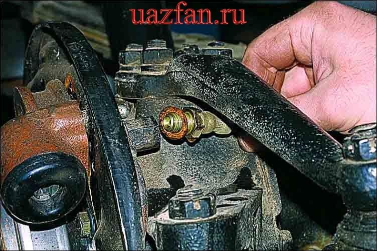 Замена переднего тормозного шланга