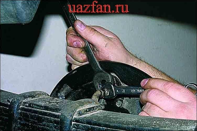 Замена тормозного цилиндра заднего колеса
