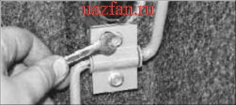 Снятие и установка педали управления дроссельной заслонкой