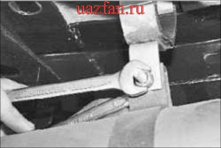 Снятие и установка резонатора