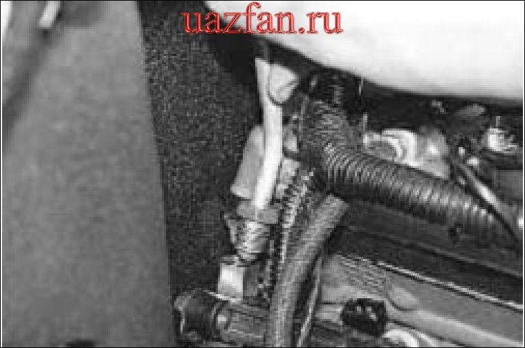 Снятие и установка топливной рампы