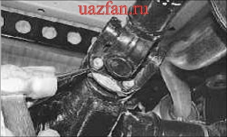 Снятие и установка карданной передачи