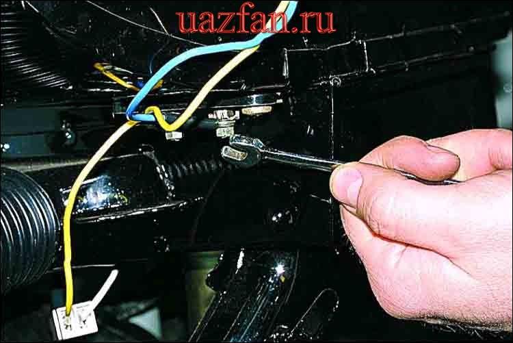 Снятие электровентилятора отопителя и его резистора